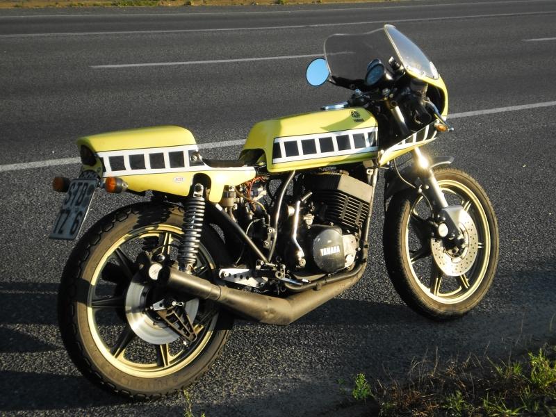 oleck custom motorbike archive yamaha rd 400 classic racer. Black Bedroom Furniture Sets. Home Design Ideas