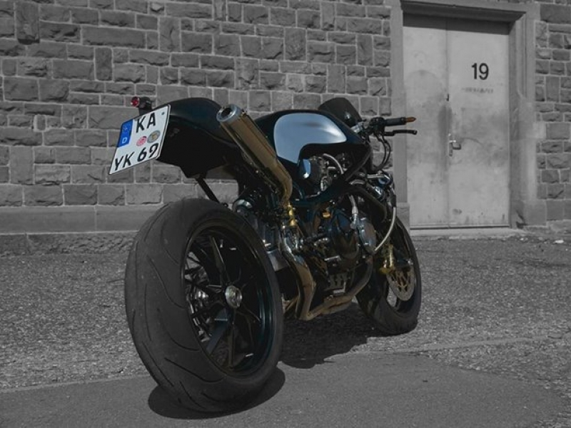 Oleck Custom Motorbike Archive | Moto Martin CR