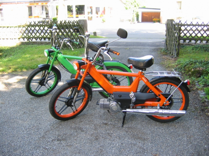 Oleck Custom Motorbike Archive | aller Anfang / Puch Maxi GS2 & Maxi N